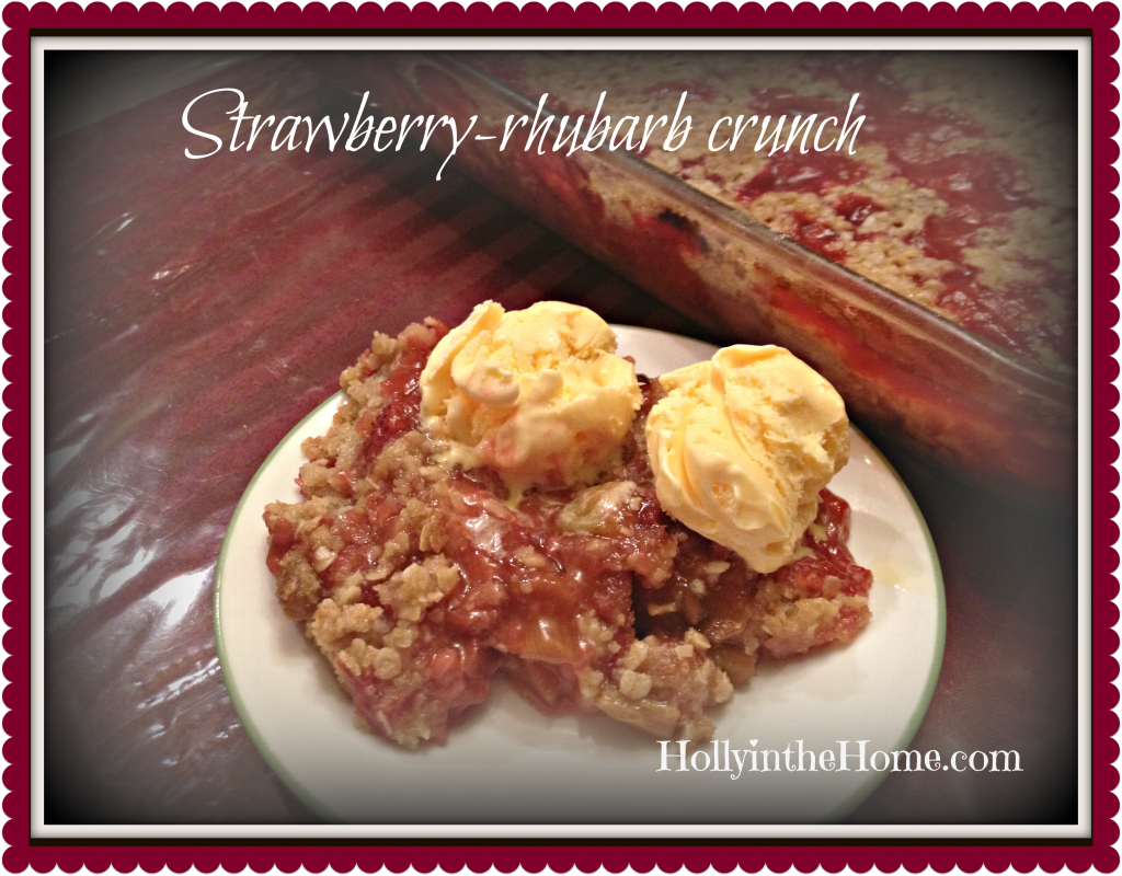 strawberry-rhubarb crunch